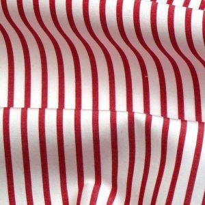 do770j pop fondo bianco riga rossa filato compact